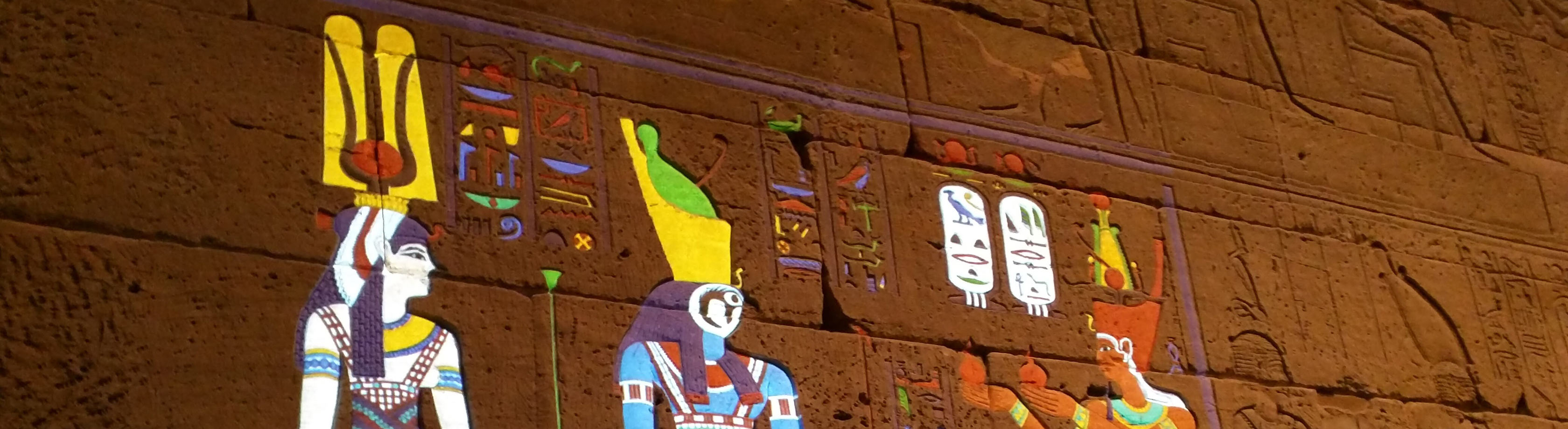 The Met Media Lab used projection mapping to virtually restore the original colors on the Temple of Dendur